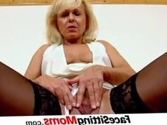 Stockings and cunnilingus with Czech lady Koko