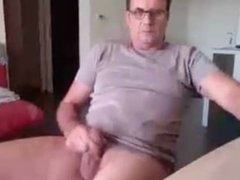 handsome dad show his asshole!