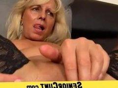 Close-ups of MILF pussy feat. amateur MILF Koko