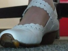 Candid camera Snail meets white shoes