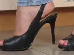 Sexy girl crush roaches with high heels