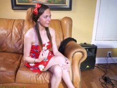 Teen wanting to be a singer sucks cock for her chance