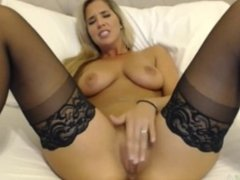 MFC CAM Girl Webcam Show( what's her name?)