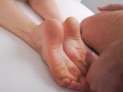 Lick Cum Off Feet #7 (Mia Malkova Very Flexible)
