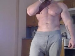 Muscle Guy Strips and Beats-Off