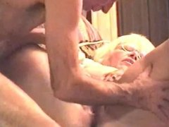 really good pussy licking and eting her pussy in this vid