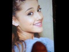 Ariana Grande cum shot facial