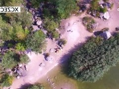 Public beach sex of young couple is watched by aerial drone - XCZECH.com