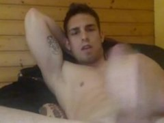 YOUNG MUSCLE STUD STROKES AND JERKS
