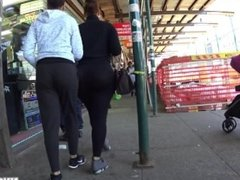 Jiggly Ass in spandex