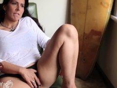 Yanks Brunette Jade Winters Masturbating