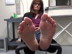 Feet Soles of Mature Brunette