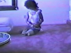 Amputee DAK Pretending Woman struggle with Crutches
