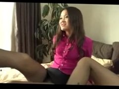 chinese foot worship-two chinese goddess play japanese foot slave