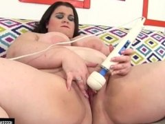 Chubby Holly Jayde plays with sex toys
