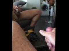 Sperme abondant et bien gras sur Miroir