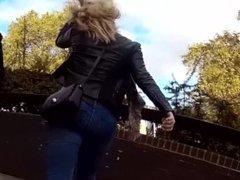 enjoy! Hidden cam spying curvy big ass blonde MILF walking in tight jeans !
