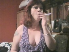 Sexy Mommy Smoking 120s
