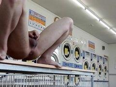 【6 Scene】Japanese boy peeing in public.