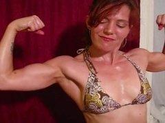VeVe Biceps Flexing