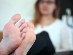 College Girl Alex Studies Footjobs With College Soles!