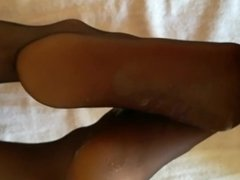 Cumming on sexy feet in nylons