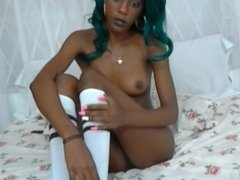 Webcam jamaican girl fingers herself