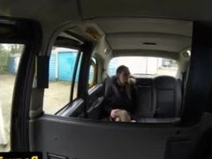 Pussyfucked spex babe fingered by cabbie