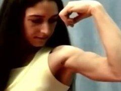 Female Bodybuilder Arm Wrestling