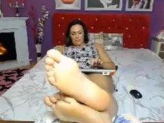Webcam girl's feet in your face - feet-fetishtube.com