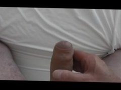 Kevin Yaqrdley masturbates to porn every day after work2