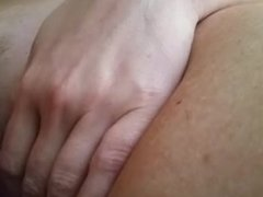 Playing with the wife's pussy