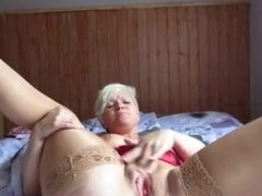 sexy granny playing with her self
