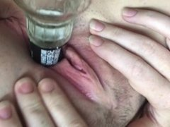 Girl cum when fucked with glass bottle