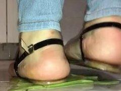Crush fetish - Celery crushed under heel of flat soles by girl