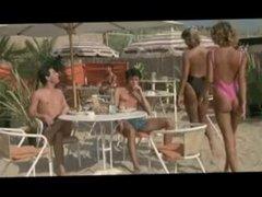 On se Calme et on Boit Frais a Saint-Tropez - nude scene