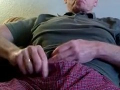 Smoking 120 With Cum Swallow