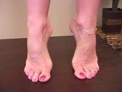 Janet Masons feet