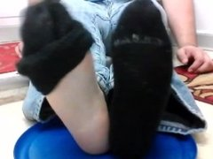 whip cream on xandro's soles and toes