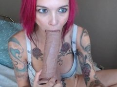 Anna Bell Peaks Strips Down And Fucks Her Pussy