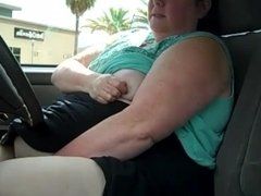 SSBBW Masturbates in Car in Parking Lot