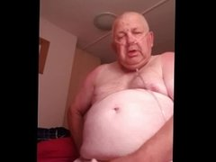 Very poorly Daddy Wanks his Dick and Cums. Fat Bastard