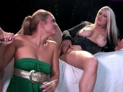 Michelle B & Renee Richards - Smoking Blowjob