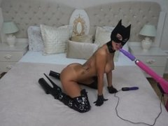 Anisyia Livejasmin Catwoman mask mouth fucked by machine