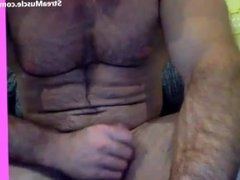 muscle jock jerking off on cam