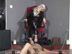 girl spitting and foot fetish