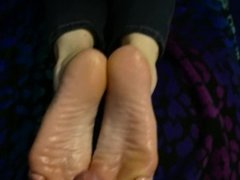 Compilation of footjobs and solejobs from Vyxxen