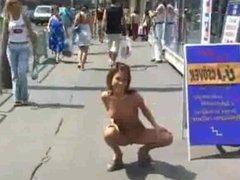Hottie nude in public
