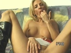 Jennifer Toth Blowjob