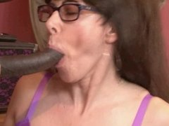 MOTHER AND DAUGHTER SHARE BLACK BOYFRIENDS COCK
